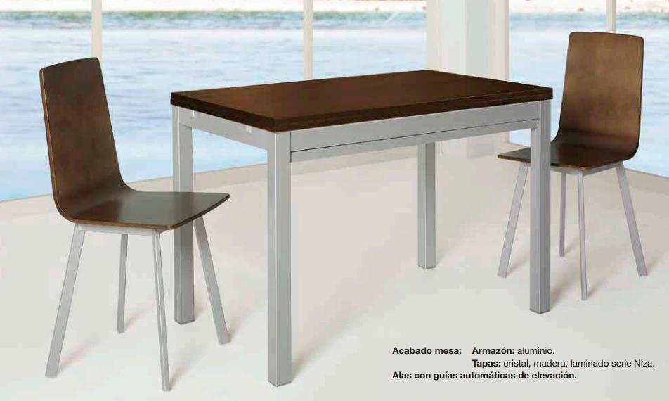 Mesa de cocina marrón, extensible plegada