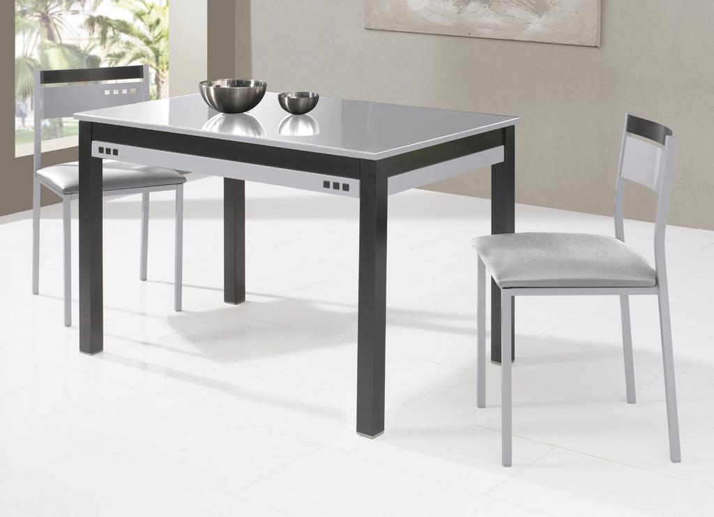 Mesa extensible de cocina en color metal y negro