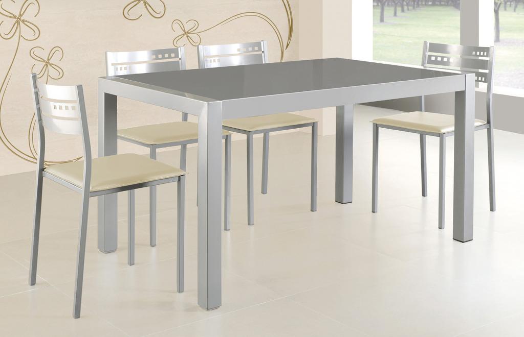 Mesa extensible metálica para 4 personas